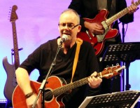 """Ian Ottaway: A Surrey-based worship leader """"too old to be famous"""""""