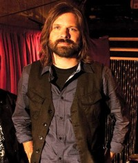 Mac Powell: Talks about his momentary move from Third Day to country music