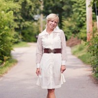 Ellie Holcomb: The singer songwriter who's hit with 'As Sure As The Sun'