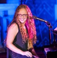 Chloe Reynolds: The Gloucester-based singer songwriter both broken and beautiful