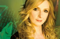 Moya Brennan: The Voice Of Clannad With The Celtic 'Signature' Sound