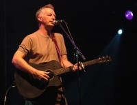 Billy Bragg (photo by Peter Dilley)