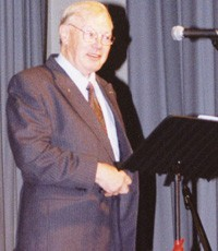 Dr Victor Pearce