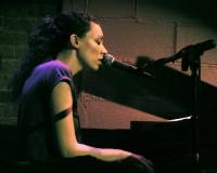 Susan Enan: The UK-born, USA-based singer songwriter bringing on the wonder