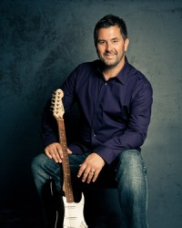 Mark Harris: The one time 4Him singer now a soloist and worship pastor