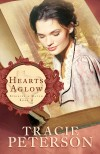 Tracie Peterson - Hearts Aglow (Large Print)